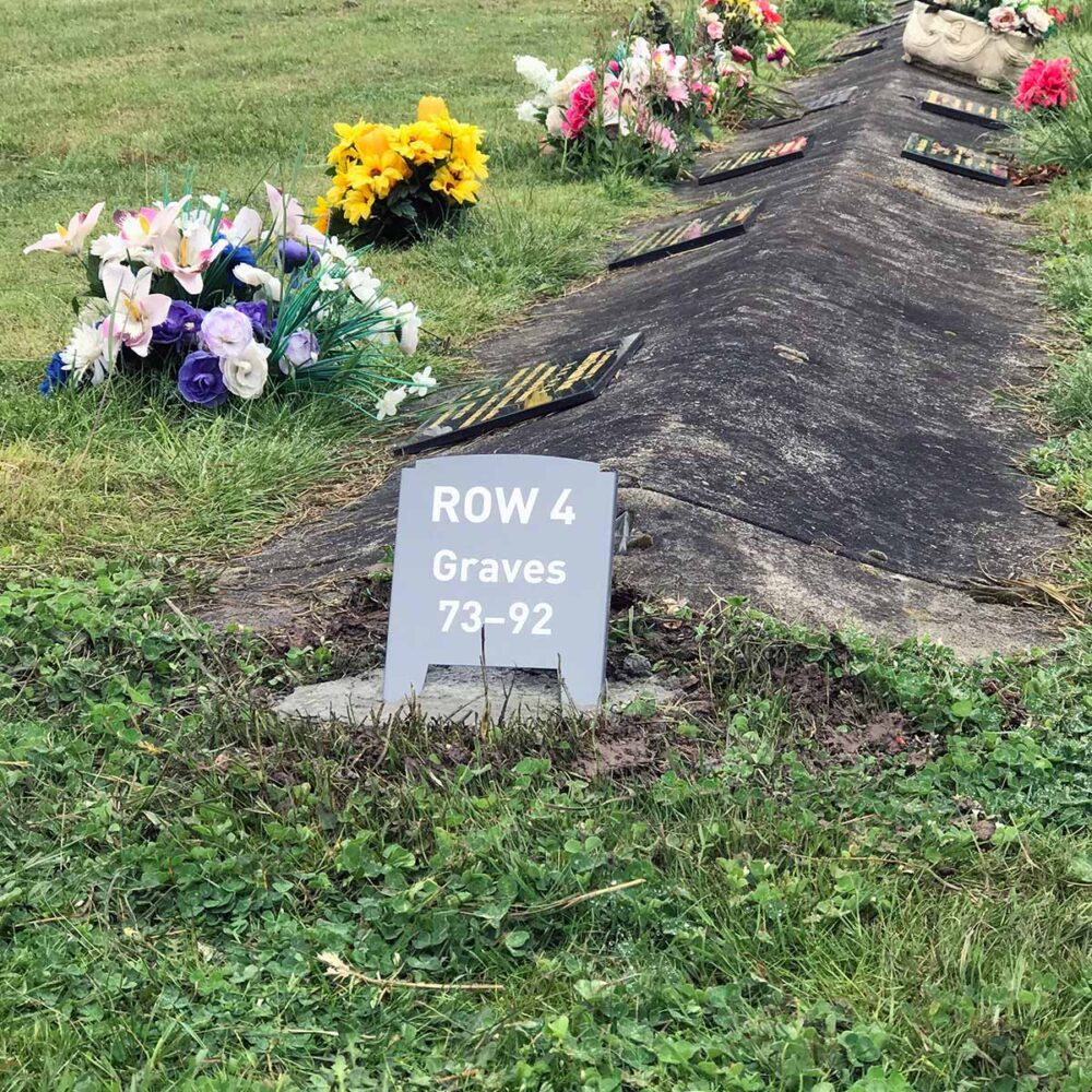 Dearly - Row Marker - Smythesdale Cemetery